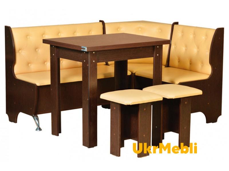 Кухонні куточки і столи
